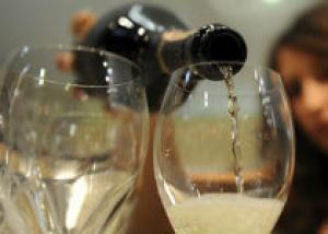 """В мире становятся популярными вина """"для похудения"""""""