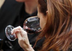 В Калифорнии открылся ресторан, где вина подают без указания названий