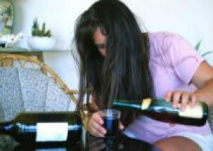 Красное вино поможет в профилактике остеопороза - медики
