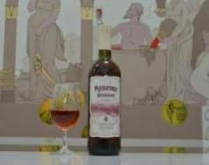 «Мускатное Фестивальное 2013» от Солнечной Долины – лучшее десертное вино по итогам независимой слепой дегустации проекта «Вино из России».