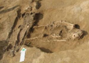 Украинские археологи нашли античную женщину в бисере
