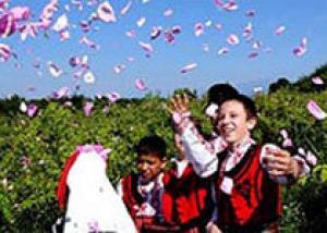 В Марокко проходит фестиваль роз