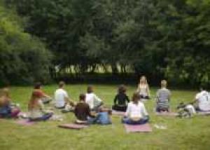 Москвичи смогут отправиться на пикник в десять лесопарков