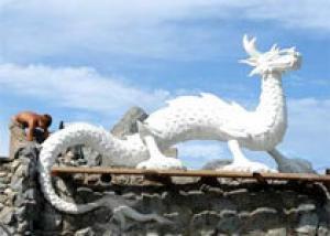Жители Абакана теперь могут увидеть доброго дракона