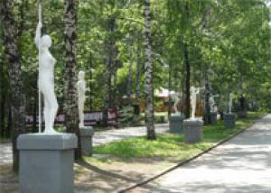 Более 30 скульптур из металлолома появятся в парке Маяковского в канун Дня города