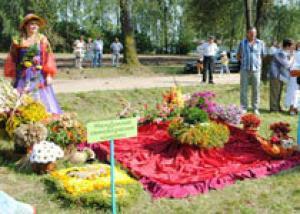 В белорусском Желудке прошел фестиваль цветов