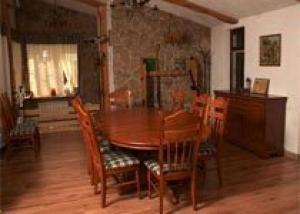 Создание оригинального интерьера в загородном доме с помощью современной мебели