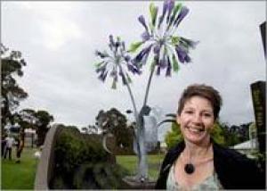 Гигантская африканская лилия украсила парк Австралии